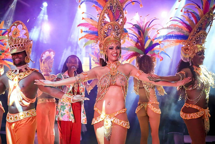 Brasil Tropical, le plus grand cabaret brésilien à Paris !